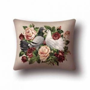 Наволочка Голуби и розы - Гобелен