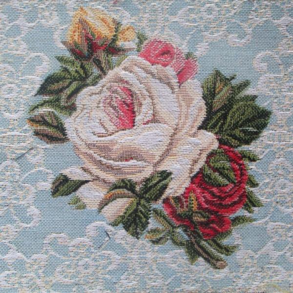 Букет на голубом Розы